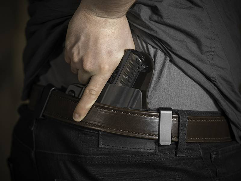 Magnum Research - Baby Desert Eagle Semi Compact Polymer With Rail Cloak Tuck IWB Holster (Inside the Waistband)