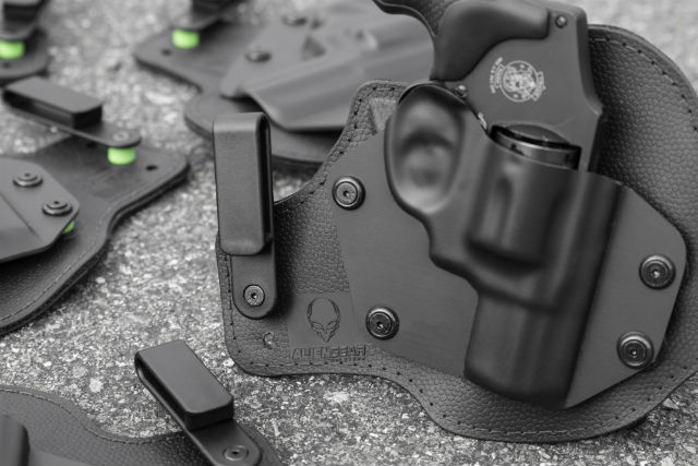 j-frame concealed carry holsters