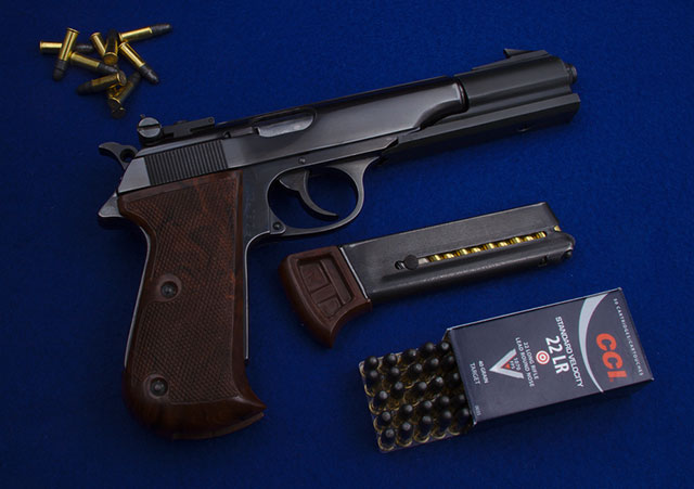 centerfire vs rimfire bullets
