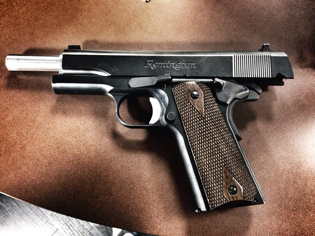 Remington 1911 handgun