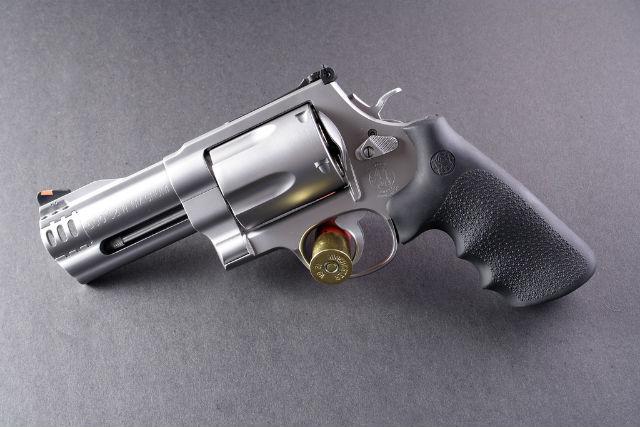 s&w revolvers