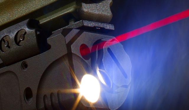 gun mounted flash light