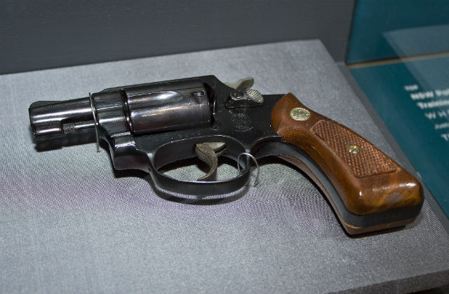 old smith and wesson pistols