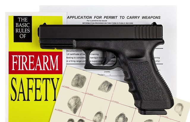 do i have to keep ccw permit on me
