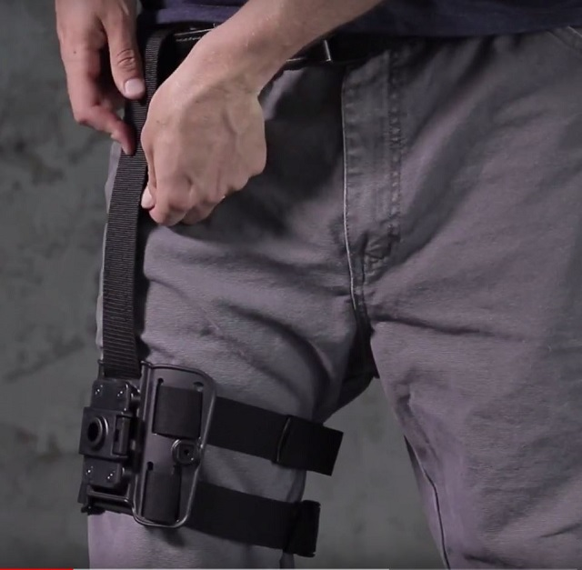 Putting on the shapeshift tactical drop thigh holster